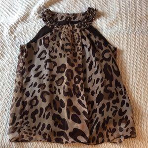 Sleeveless leopard blouse